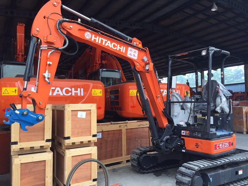 hitachi-excavator-with-hirschmann-load-indicator